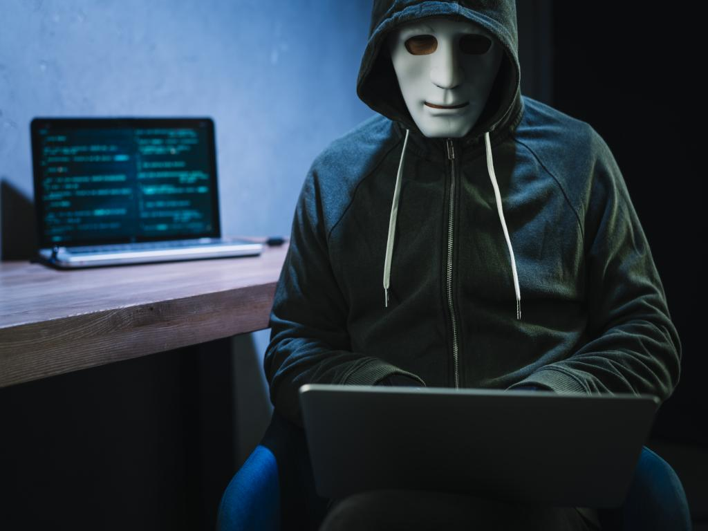 HACKERS ARE NOT CRIMINALS!