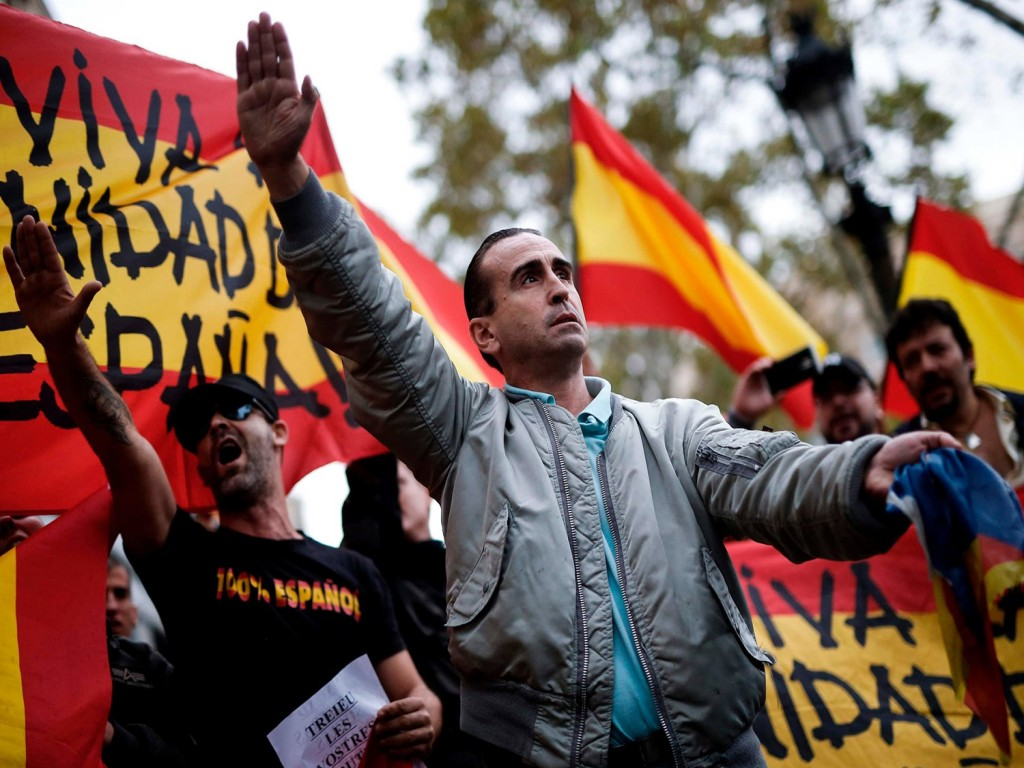 SPAIN'S CAPITAL COLLAPSE GIVES NEW PHALANGISTS IN POWER